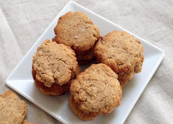 almond butter cookies | Dianna Bonny Photography
