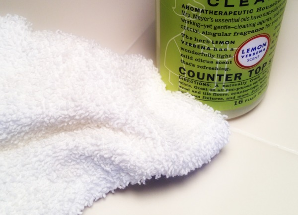 wiping_counters