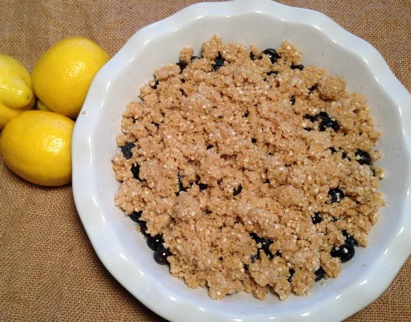 blueberry crisp recipe | Dianna Bonny Photography