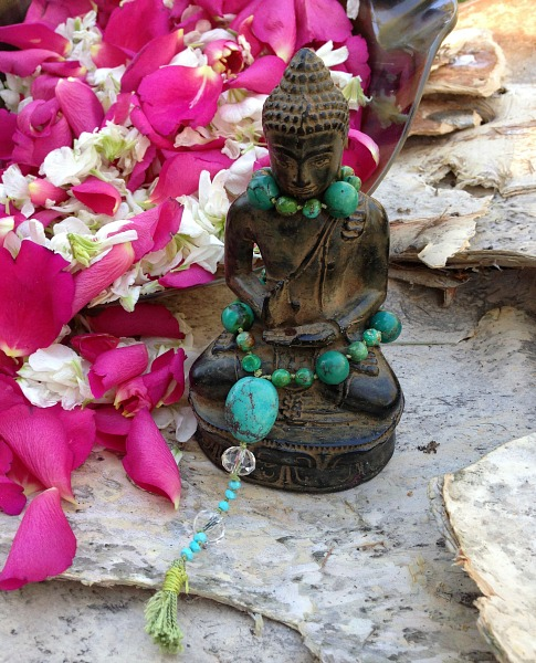 buddha statue flowers | Dianna Bonny Photography